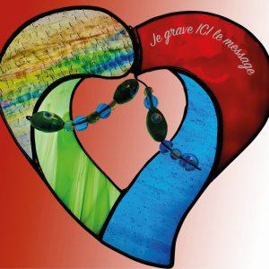 Vitrail mobile en forme de coeur, vitrail en coeur